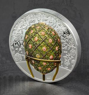 Fabergého vejce na minci ze 2 uncí ryzího stříbra