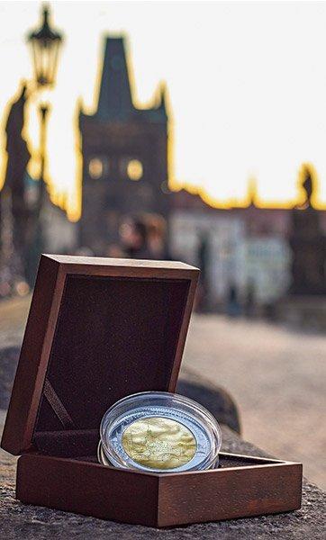Karlův most na pamětní stříbrné minci z 5 uncí ryzího stříbra