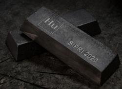 Humanium - vzácný kov získaný roztavením státem zabavených nelegálně držených zbraní