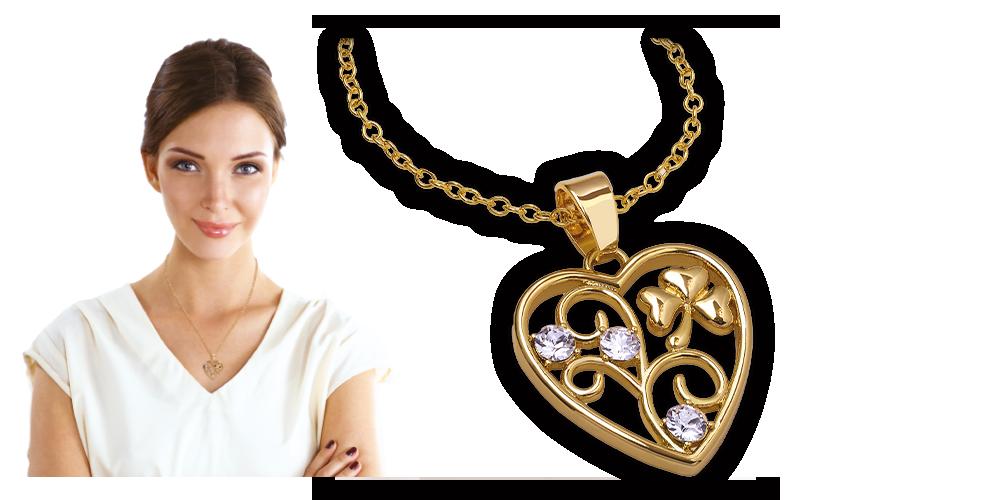 Přívěsek ve tvaru srdce se symbolem štěstí čtyřlístkem