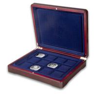 Společně se stříbrnými ražbami obdržíte elegantní sběratelskou kazetu zdarma