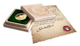 Dřevěný box s logem Nadace Santa Claus a originální dopis od Santy Clause