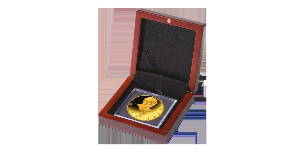 Josef Lada na zlaté medaili v mincovním rámu